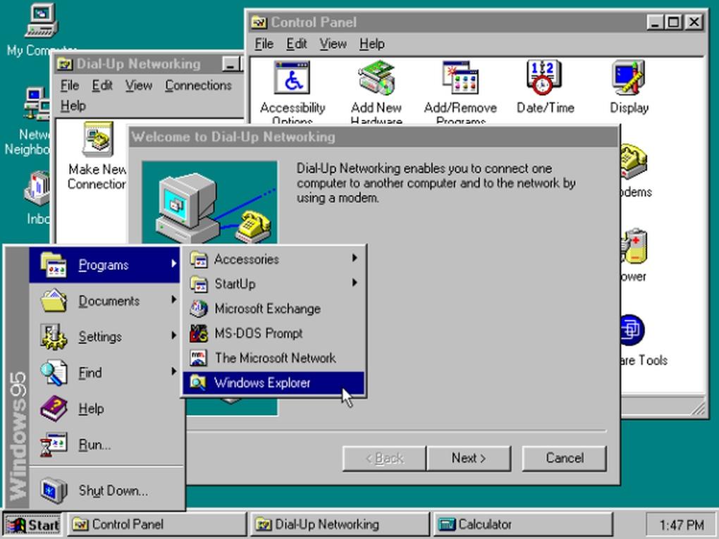 """Windows 95 (العام 1995) - يمثل نقطة تحول في سلسة ويندوز، حيث تم الانتقال من معمارية 16 بت إلى 32 بت .. كما تم أيضاً تقديم قائمة """"ابدأ""""، وأول ظهور لمتصفح Internet Explorer الشهير."""